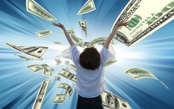 Ключ к изобилию: 5 вселенских законов денег