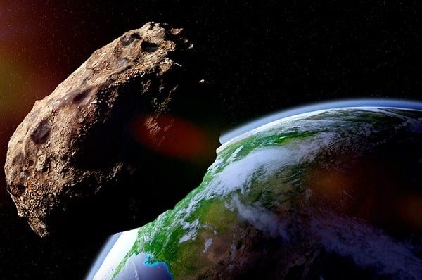 Учеными просчитана опасная для Земли траектория падения астероида