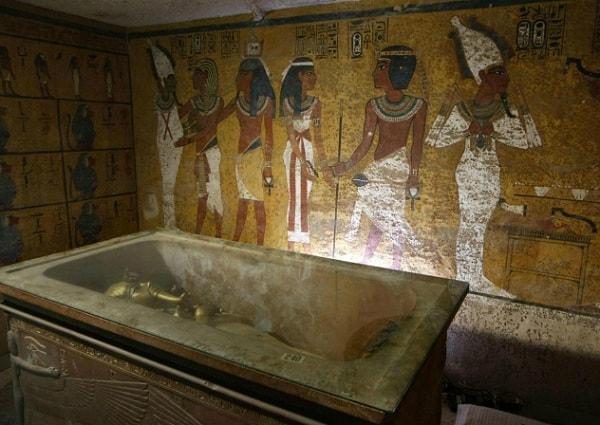 Фараон продолжает убивать