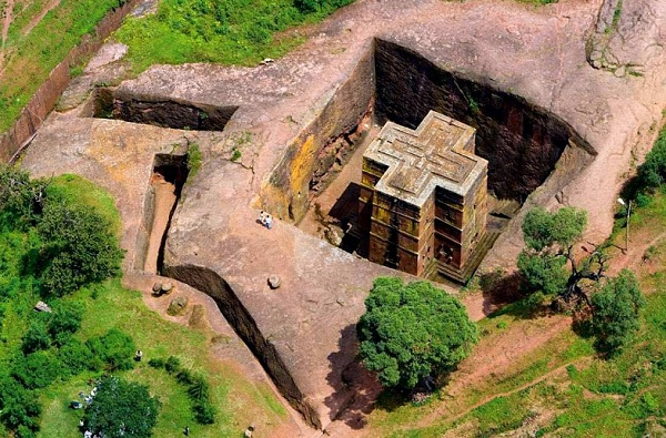 Храмы Лалибелы: церкви, построенные ангелами